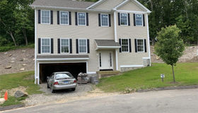 18 Perry Hill Estates #18, Shelton, CT 06484