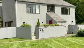 2 Kiwi Corner #2, Ridgefield, CT 06877