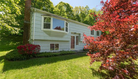 14 Pole Bridge Road, Newtown, CT 06482
