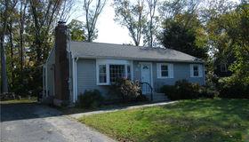 11 Orchard Lane, Old Saybrook, CT 06475