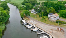 21 Ferry Place, Old Saybrook, CT 06475