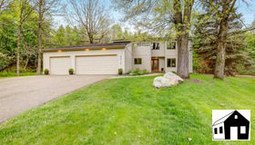 8010 132nd Court, Apple Valley, MN 55124