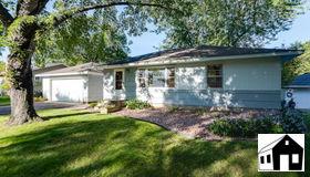 4241 Amber Drive, Eagan, MN 55122
