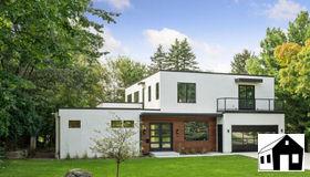 204 Parkview Terrace, Golden Valley, MN 55416