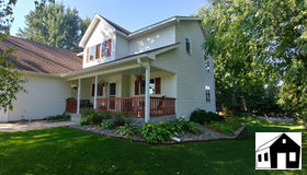800 S Park Drive, Hastings, MN 55033