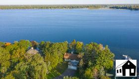 2467 S Shore Boulevard, White Bear Lake, MN 55110