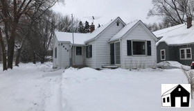 2642 Harvester Avenue E, Maplewood, MN 55119