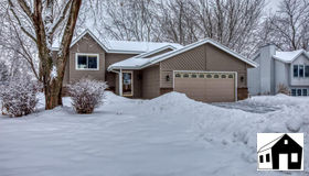 10100 205th Court W, Lakeville, MN 55044
