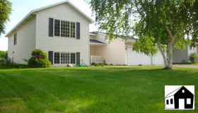 1013 Scott Lane, Belle Plaine, MN 56011