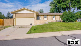 2567 S Flower Court, Lakewood, CO 80227