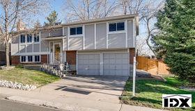 9555 W Maplewood Avenue, Littleton, CO 80123