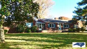 1736 Farmington Road, Mocksville, NC 27028