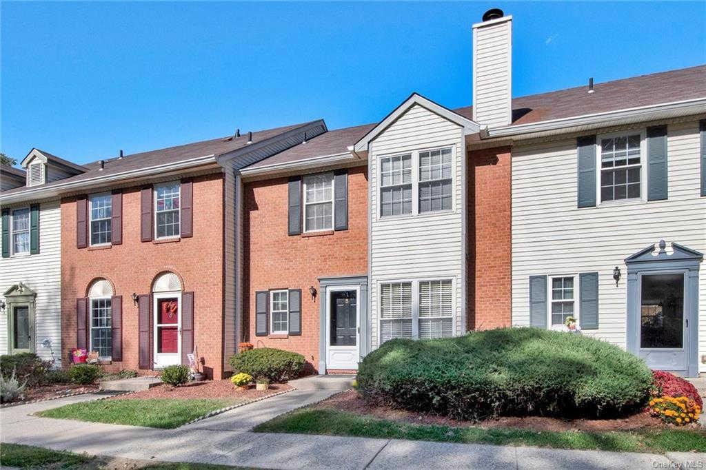 5 Burnett Way, Washingtonville, NY 10992 now has a new price of $249,900!