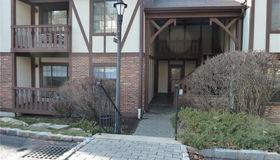 123 Foxwood Circle, Mount Kisco, NY 10549