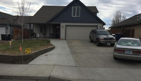 1173 nw 22nd Place, Redmond, OR 97756