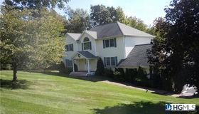 8 Farmor Lane, Carmel, NY 10512