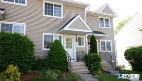 202 Covington Green, Patterson, NY 12563