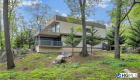 13 Laurel Way, Fort Montgomery, NY 10928