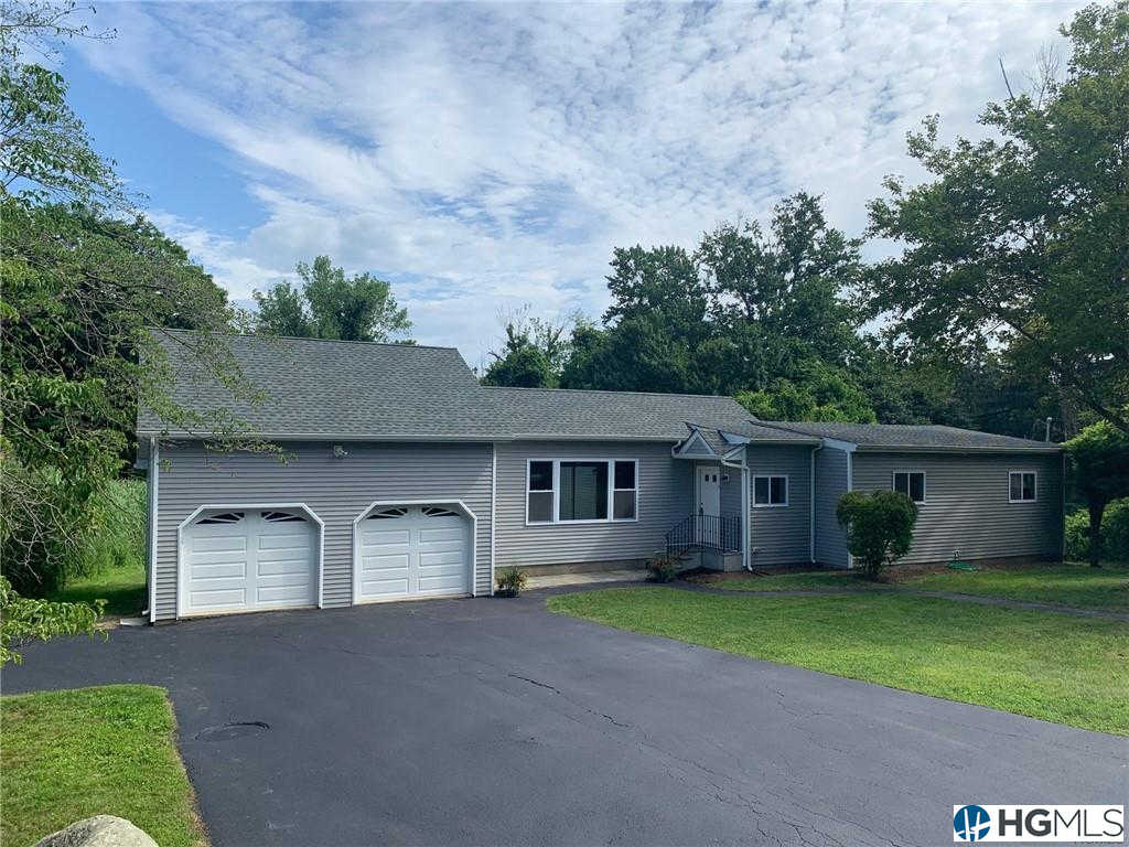106 Circle Court, Mahopac, NY 10541 now has a new price of $422,500!