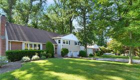 45 Abingdon Lane, Scarsdale, NY 10583