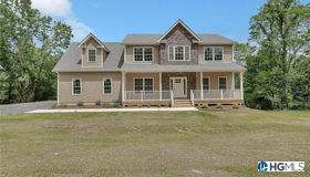 4 Blossom Court, Blooming Grove, NY 10914