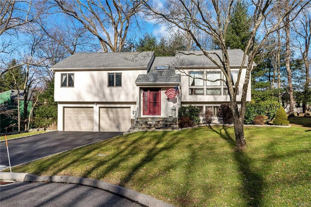 190 Briarwood Drive, Somers, NY 10589 now has a new price of $525,000!