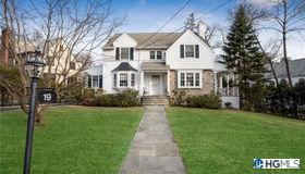 19 Verdun Avenue, New Rochelle, NY 10804
