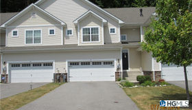 18 Stonerose Court, Middletown, NY 10940