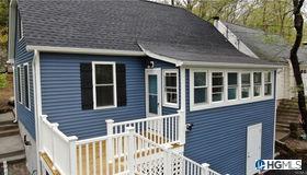 356 Lake Drive, Lake Peekskill, NY 10537