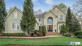 19 Grandview Road, Central Valley, NY 10917