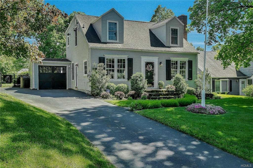 Video Tour  - 79 Blooming Grove Turnpike, New Windsor, NY 12553