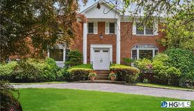 14 Fairway Drive, Mamaroneck, NY 10583