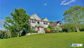 107 Denniston Drive, New Windsor, NY 12553