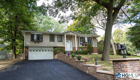 49 Soulice Place, New Rochelle, NY 10804