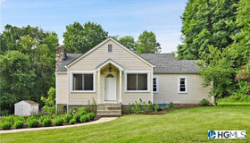286 Union Valley Road, Mahopac, NY 10541