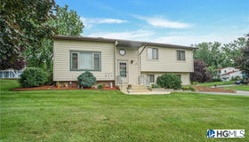 30 Creamery Drive, New Windsor, NY 12553