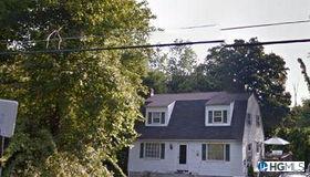 172 Longfellow Drive, Carmel, NY 10512