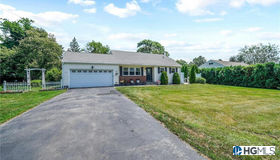 2714 Denby Drive, Yorktown Heights, NY 10598