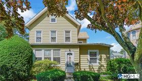 21 Lawton Avenue, Hartsdale, NY 10530