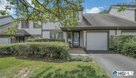 37 Adela Court, Yorktown Heights, NY 10598