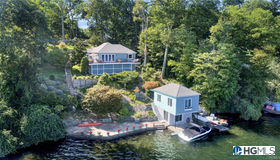 318 West Lake Boulevard, Mahopac, NY 10541