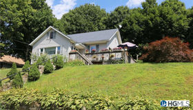 54 Lake Drive, Lake Peekskill, NY 10537