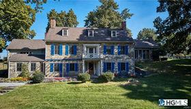 29 Clove Brook Farm Road, Cornwall, NY 12518