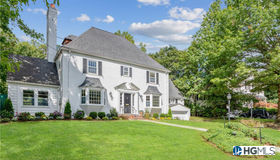 4 Columbus Circle, Eastchester, NY 10709