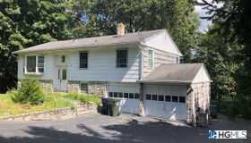 23 Trout Place, Mahopac, NY 10541