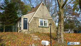 26 Mountain View Road, Putnam Valley, NY 10579