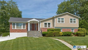 10 Old Farm Circle, White Plains, NY 10605