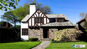 77 Parkway East, Mount Vernon, NY 10552