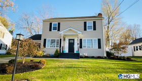 12 Gardner Ave Ext, Middletown, NY 10940
