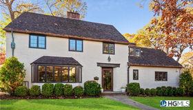 31 Bretton Road, Scarsdale, NY 10583